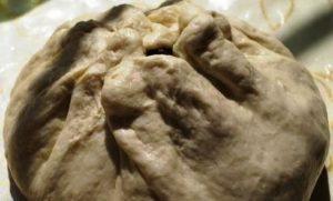 Осетинский пирог с ботвой свеклы - похититель сердец гурманов.