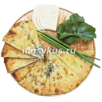 осетинский пирог с сыром и свекольными листьями цахарджин